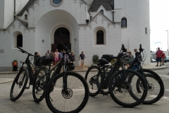 ebikepuglia_alberobello_church